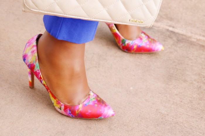 WalkingFloralShoes